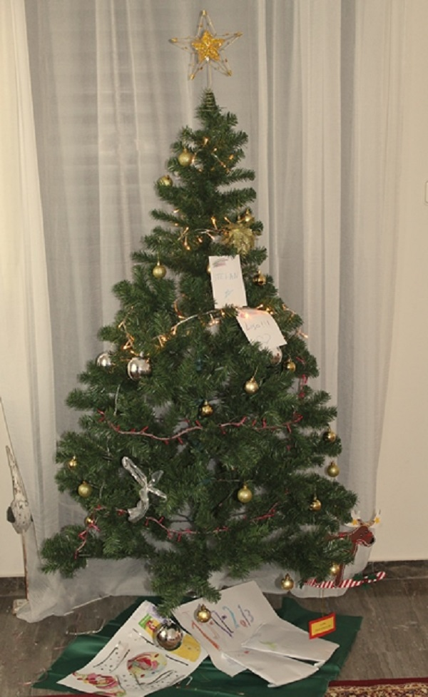 Weihnachtsbaum-auf-Griechisch